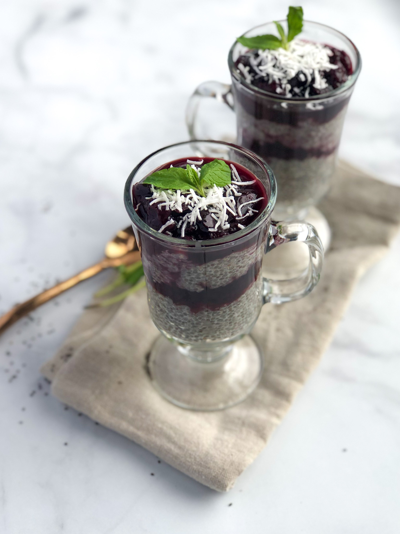 Cherry Vanilla Chia Seed Pudding